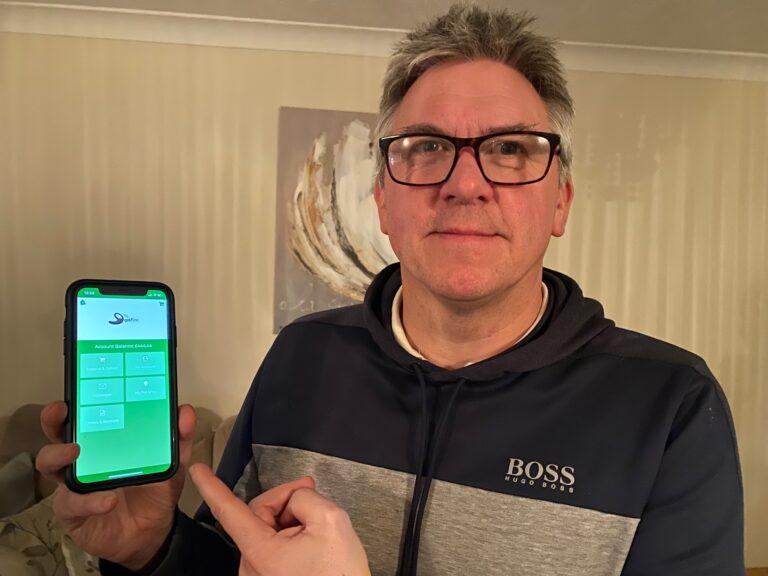 head pro tony mealing uses xpos caddie app